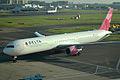 N845MH Boeing 767-432 ER2 (12823718173).jpg