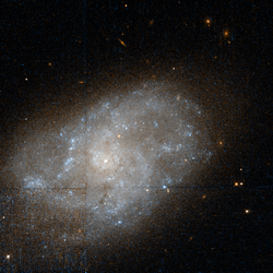 NGC 959 -HST09042 14-R814GB435.png