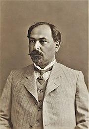 Nariman Narimanov in 1913.jpg