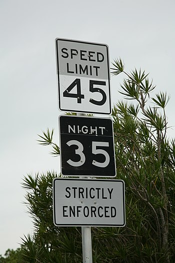 Different speed limits apply for day and night...