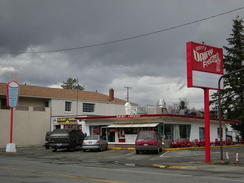 North Bend, WA - Scott%27s Dairy Freeze.jpg