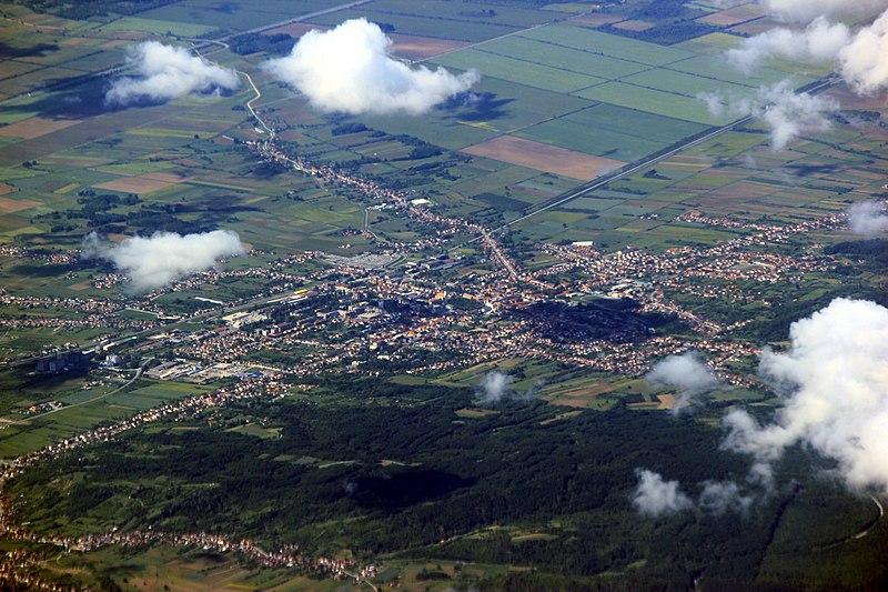 File:Nova Gradiška Aerial.jpg