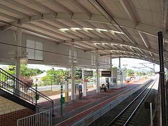 Victoria Park railway station, Perth - Southbound view in April 2012
