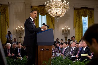 Chip Reid - Chip Reid (far right, immediate right of blue-shirted correspondent) at White House press conference, November 3, 2010