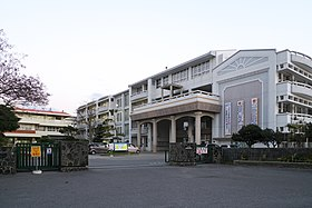Okinawa Prefectural Yaeyama Commercial and Technical High School.jpg