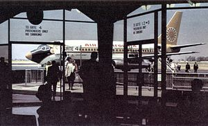 Orange County Airport, circa 1970.jpg