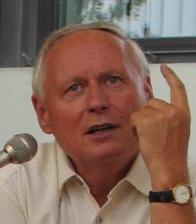 OskarLafontaine 2005 (cropped)