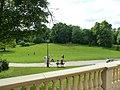 Ostromecko pałac -widok z tarasu na kompleks parkowy. - panoramio.jpg