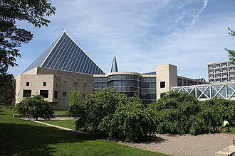 Ottawa - The John G. Diefenbaker Building was Ottawa's fourth city hall. Opened in 1958, it was the seat of local government until the City Council moved to its present location in 2001.