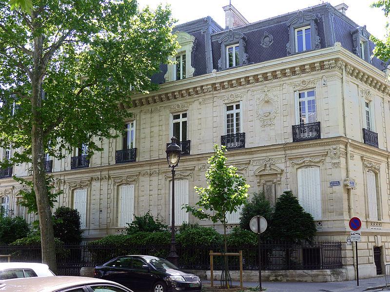 Fichier:P1260044 Paris VIII avenue Ruysdael n1 rwk.jpg