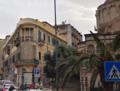 Palazzetto Coppedé dall'angolo arrontondato all'incrocio con la via Cardines (Gino Coppedè) novembre 2016, Palazzo del Granchio.png