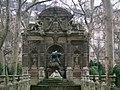 Palazzo del luxembourg fontana di maria de' medici 02.JPG