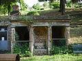 Palazzo gianni vegni, giardino, grotticina.JPG