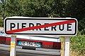 Panneau sortie Pierrerue 1.jpg