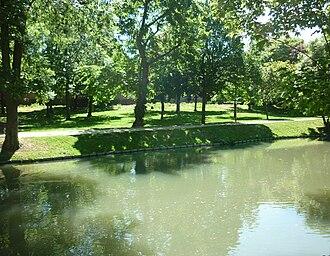 Wissous - Image: Parc Arthur Clark Wissous