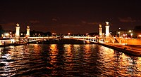 Paris Pont Alexandre III (1).jpg