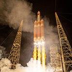 Parker Solar Probe Launch (NHQ201808120015).jpg