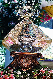 Our Lady of Peñafrancia Philippine statue of Mary