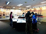 People in The Age of Flight Special Exhibition 20140405b.jpg