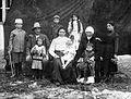 Petar Konstantinov family 1912.jpg