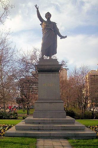 Sándor Petőfi - Petőfi statue in Budapest