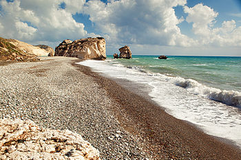 English: Aphrodite's Rock (Petra tou Romiou) i...