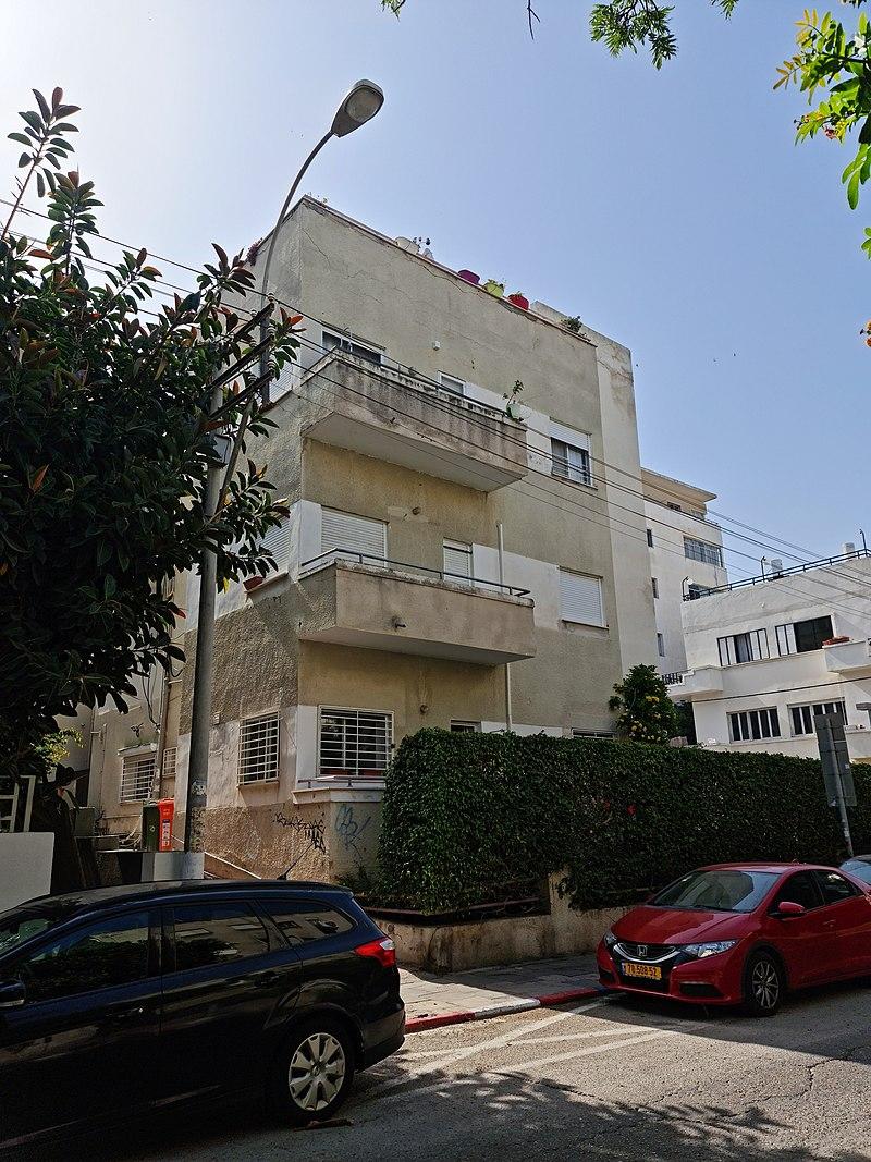 תל אביב בנין לשימור רחוב אחד העם 118, פינת בר אי