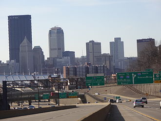 Interstate 279 - I-279 inbound from the North Hills of Pittsburgh