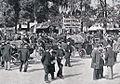 Place d'Armes de Versailles, avant le départ de Paris-Marseille-Paris 1896.jpg