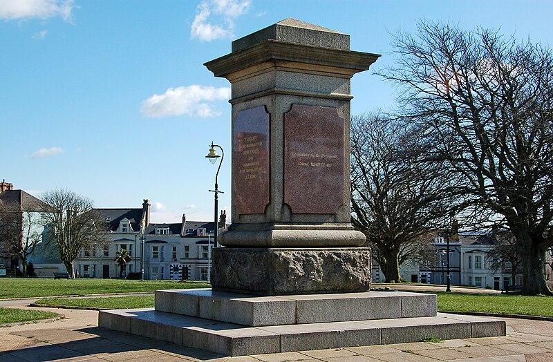File:Plymouth civil war memorial.jpg