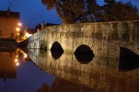 Pont de pierre - Saint-Amand-Montrond (XVe).JPG