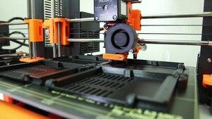 File:Prusa i3 MK2 printing farm.webm