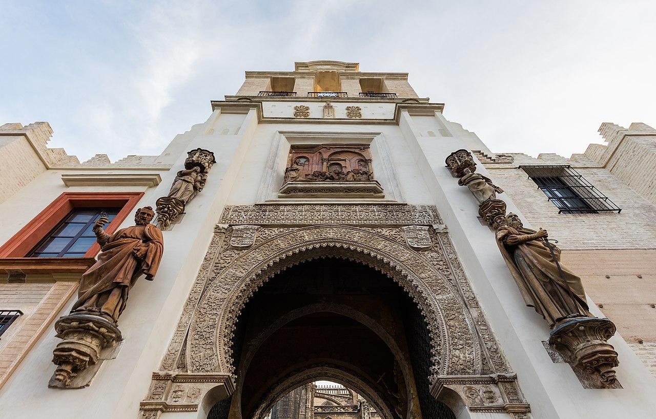 Archivo puerta del perd n catedral de sevilla sevilla for Puerta 6 del autodromo