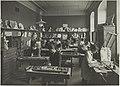Puuveiston opetustilanne, 1920-luku. Opettaja Johan Friedl. Taideteollisuuskeskuskoulun opetustilanteita.-TaiKV-07-002.jpg