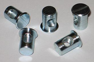 Barrel nut - Image: Quergewindebolzen QD M6 7,5 13x 16,2