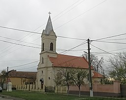RO TM Giulvaz church.jpg