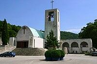Raša chiesa.jpg