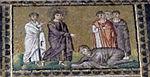 Ravenna, sant'apollinare nuovo, int., storie cristologiche, epoca di teodorico 07.2 noli me tangere.jpg