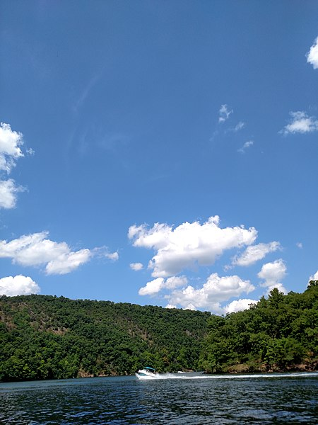 File:Raystown Lake August 2016 - panoramio - Ron Shawley (37).jpg
