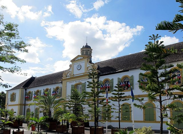 Hotel de Ville, Saint-Pierre, Réunion Island. Photo by Wikimedia Commons.
