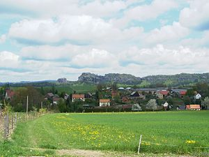 Reinhardtsdorf-Schöna - View of Reinhardtsdorf from the Wolfsberg. Background: the Schrammsteine