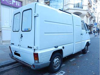 Renault Master - Renault Master rear