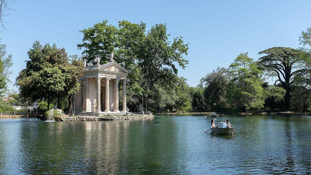 Etang du parc Borghese à Rome, idéal pour le canotage - Photo de Pierre-Selim Huard