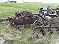 Rusty Vintage Car (2535894219).jpg