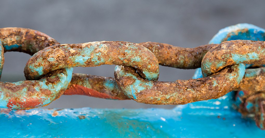 Rusty chain in fishing boat.jpg