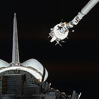 STS-3 Canadarm captures PDP