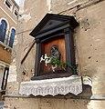 Saint's icon in Cannaregio.JPG
