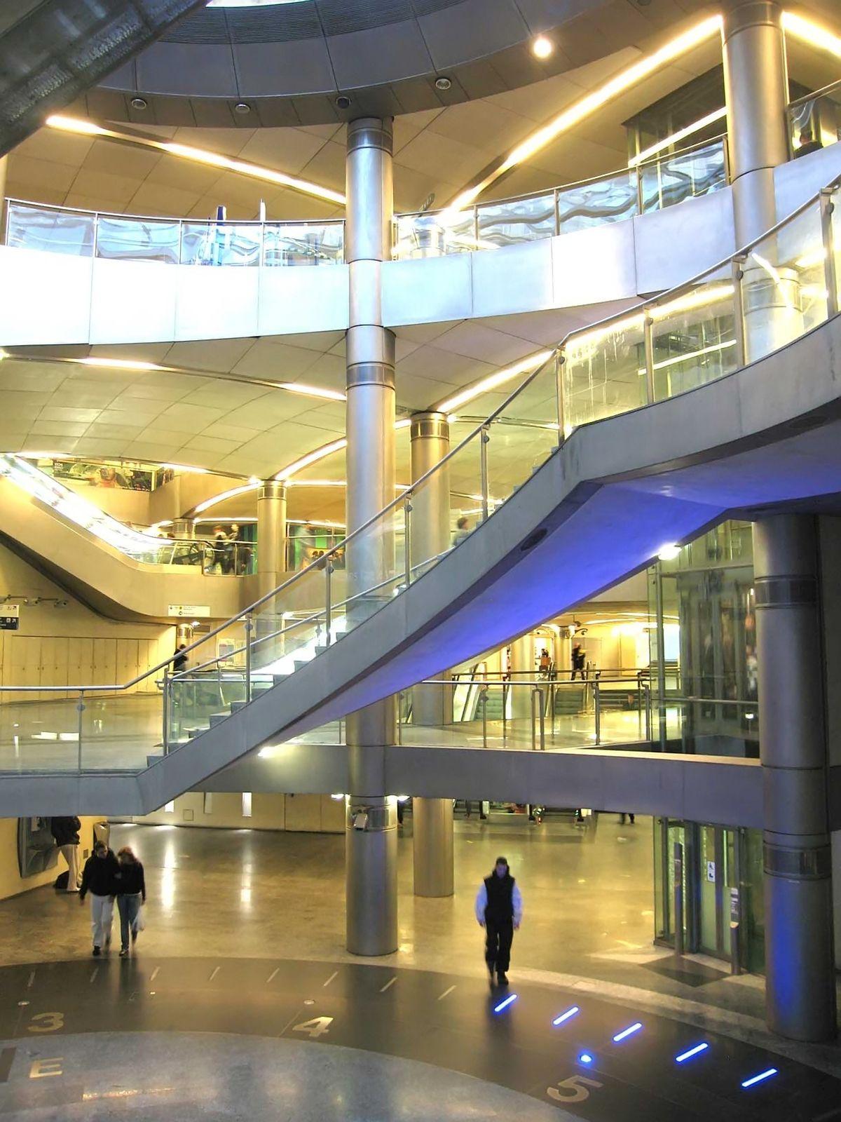 Paryse Metro - Wikipedia