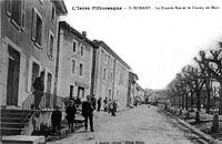 Saint-Romans, la Grande Rue et le Champ de Mars, 1910, p227 de L'Isère les 533 communes - J Guerre éditeur, cliché Muller.jpg