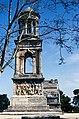 Saint Rémy de Provence-Les Antiques-Tombeau des Jules-19690408.jpg